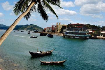Bờ sông Tam Giang - Sông Cầu
