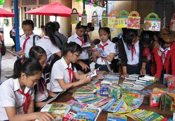 Ngày hội đọc sách tại thư viện Hải Phú (ảnh K. Hà)