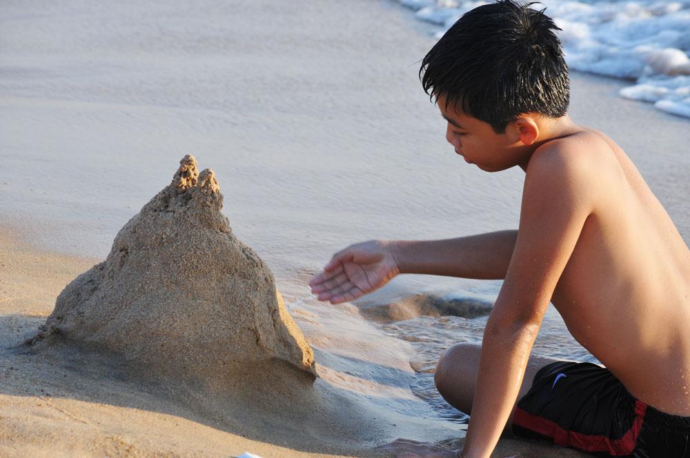 """Thỏa chí lãng du với """"ngôi nhà trên cát"""""""