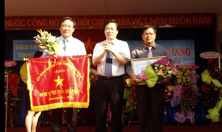 Trường THPT Duy Tân - Phú Yên khai giảng năm học mới