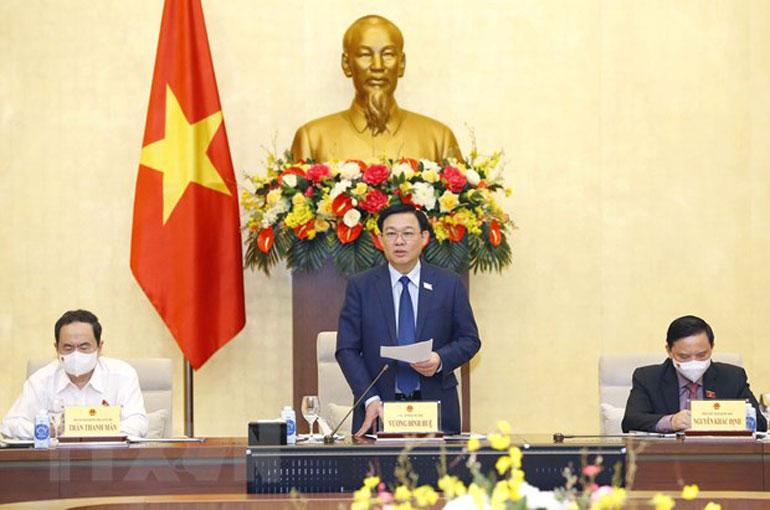 Chủ tịch Quốc hội Vương Đình Huệ phát biểu. Ảnh: TTXVN