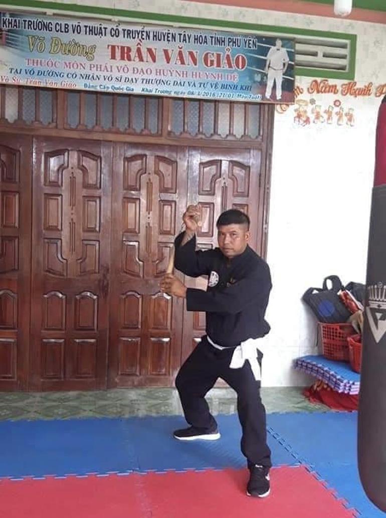 Hình ảnh tự xưng võ sư của Trần Văn Giảo trên facebook cá nhân của mình.