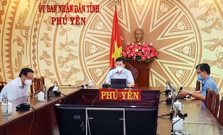 Chủ tịch UBND tỉnh Trần Hữu Thế, Trưởng BCĐ Phòng, chống dịch COVID-19 tỉnh kết luận tại giao ban trực tuyến chiều 25/7. Ảnh: TRẦN QUỚI