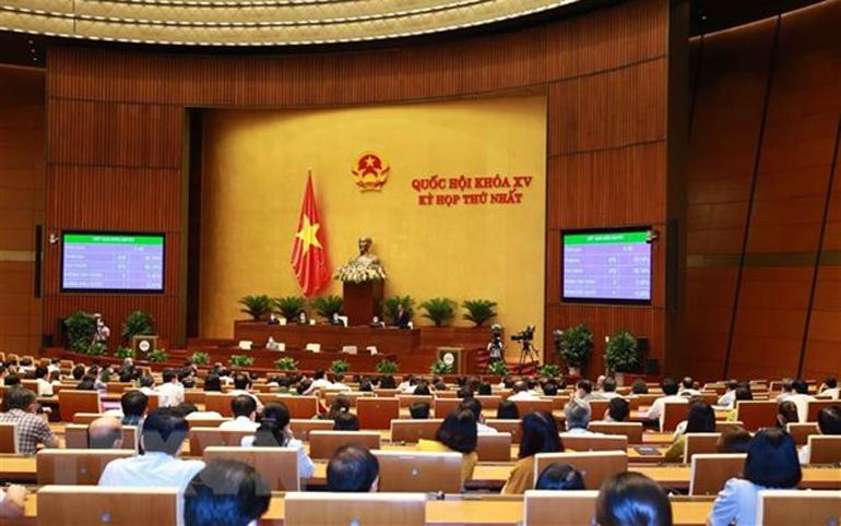Quốc hội thông qua Nghị quyết về Chương trình giám sát của Quốc hội năm 2022. Ảnh: TTXVN