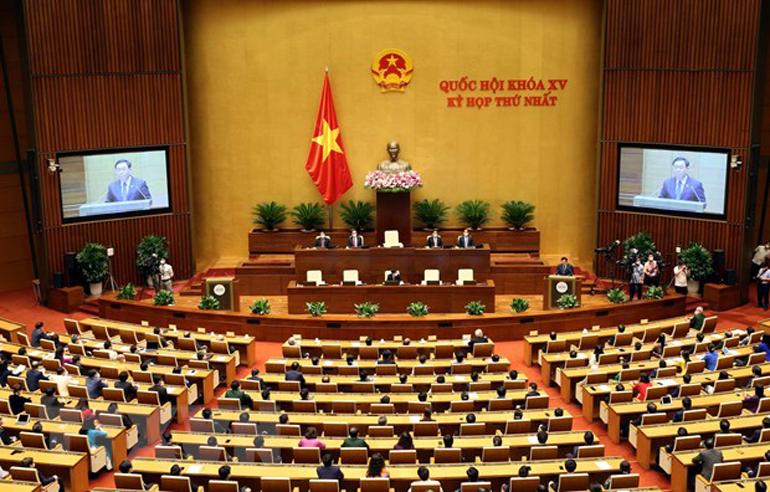 Chủ tịch Quốc hội Vương Đình Huệ phát biểu bế mạc Kỳ họp thứ nhất, Quốc hội khóa XV. Ảnh: TTXVN
